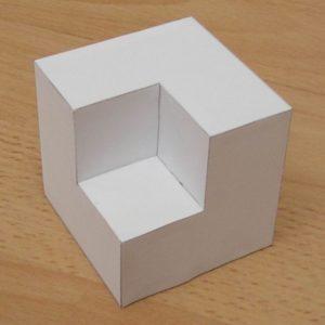Immagine del cubo senza cubetto tratta da http://www.korthalsaltes.com