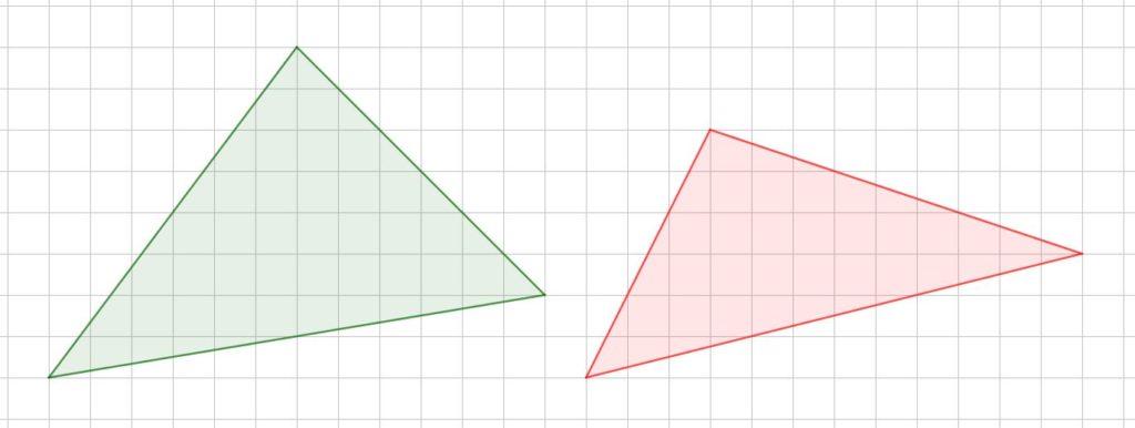 Triangoli disegnati su carta a quadretti